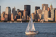 New York. sailing boat  in front of the skyline of Manhattan south on hudson river  New york - United states  /  voilier et le skyline de Manhattan sud sur l'Hudson river  New york - Etats unis