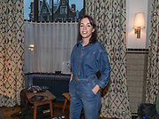 2018, Oktober 23. Soho House, Amsterdam. Boekpresentatie van Dan Neem Je Toch Gewoon Een Nieuwe, van Antoinette Scheulderman. Op de foto: Liesbeth Staats