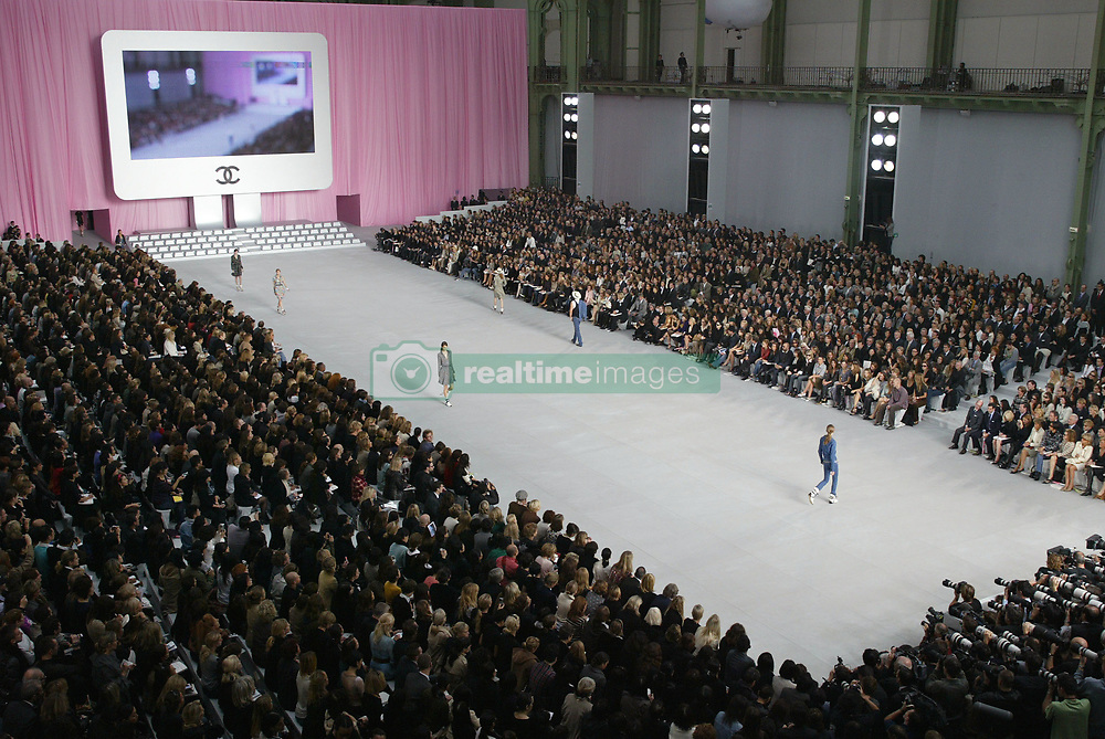 Atmosphere at the Chanel Ready-to-Wear Spring-Summer 2006 collection presentation, designed by German fashion designer Karl Lagerfeld, at the 'Grand Palais', in Paris, France, on October 7, 2005. Photo by ABACAPRESS.COM