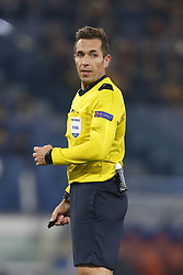 December 5, 2017 - Rome, Italy - Referee Tobias Stieler of Germany during the UEFA Champions League Group C soccer match between Roma and Qarabag in Rome. Roma won the match 1-0. (Credit Image: © Giampiero Sposito/Pacific Press via ZUMA Wire)
