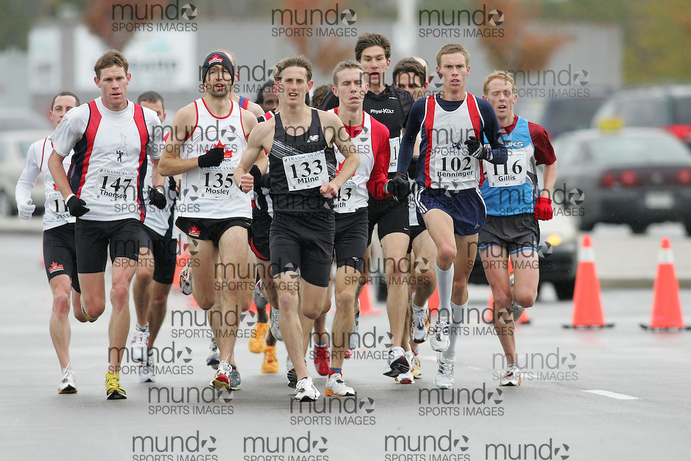 (13/10/2007--Ottawa) TransCanada 10K Canadian Championship run by Athletics Canada. The men's lead pack at 3km. CLEVE THORSON (147), RICHARD MOSLEY (135), TAYLOR MILNE (133), KURT BENNINGER (102), ERIC GILLIS (116), and ANDREW SMITH (143).