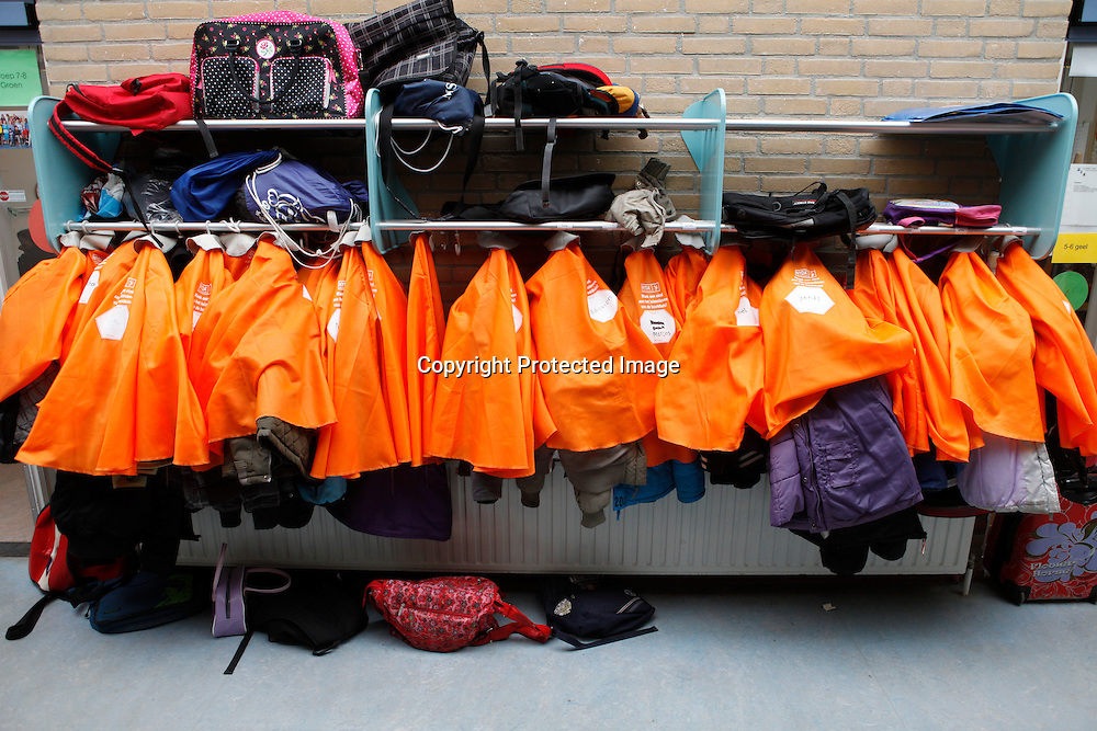 lice prevention at a primary school in the netherlands