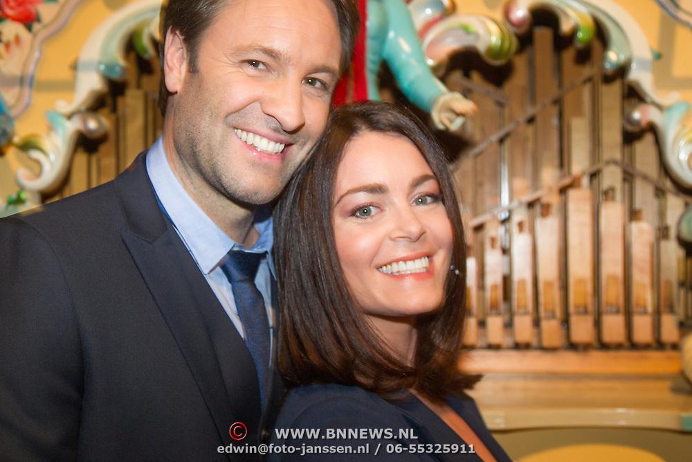 NLD/Amsterdam/20151119 - Inloop Sbs Jaarpresentatie 2016, Viktor Brand en Kim-Lian van der Meij