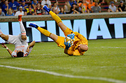 Atlanta United FC goalie Brad Guzan (1) makes a save during a MLS soccer game, Wednesday, September 18, 2019, in Cincinnati, OH. Atlanta defeated Cincinnati 2-0. (Jason Whitman/Image of Sport)