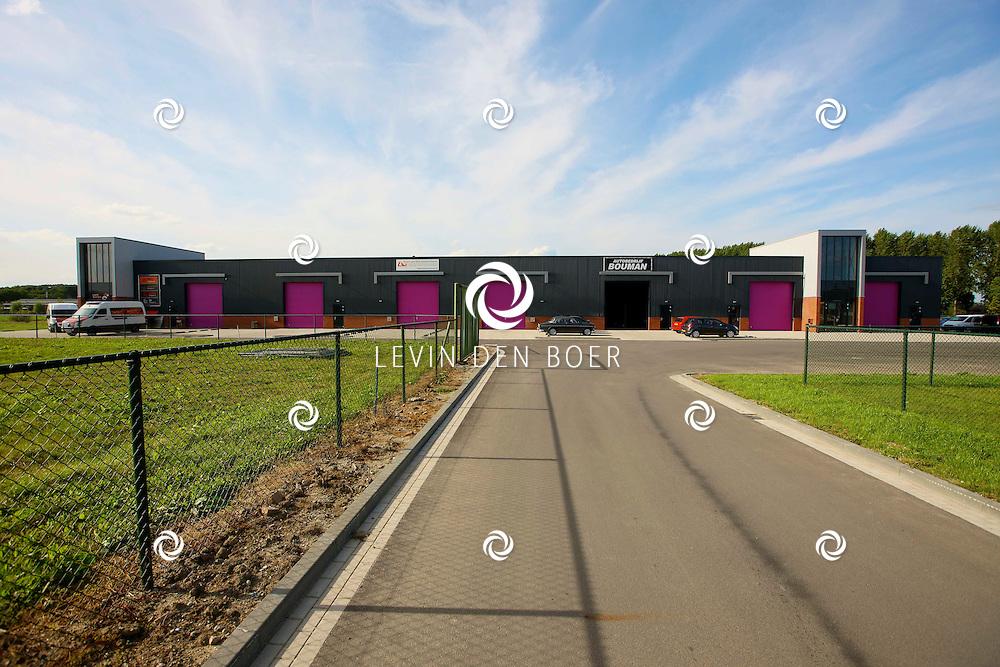 NEDERHEMERT - Het nieuwe bedrijventerrein Ambachtshof is gereed. FOTO LEVIN DEN BOER - PERSFOTO.NU