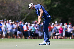 September 24, 2017 - Atlanta, Georgia, United States - Dustin Johnson putts the first green during the final round of the TOUR Championship at the East Lake Club. (Credit Image: © Debby Wong via ZUMA Wire)