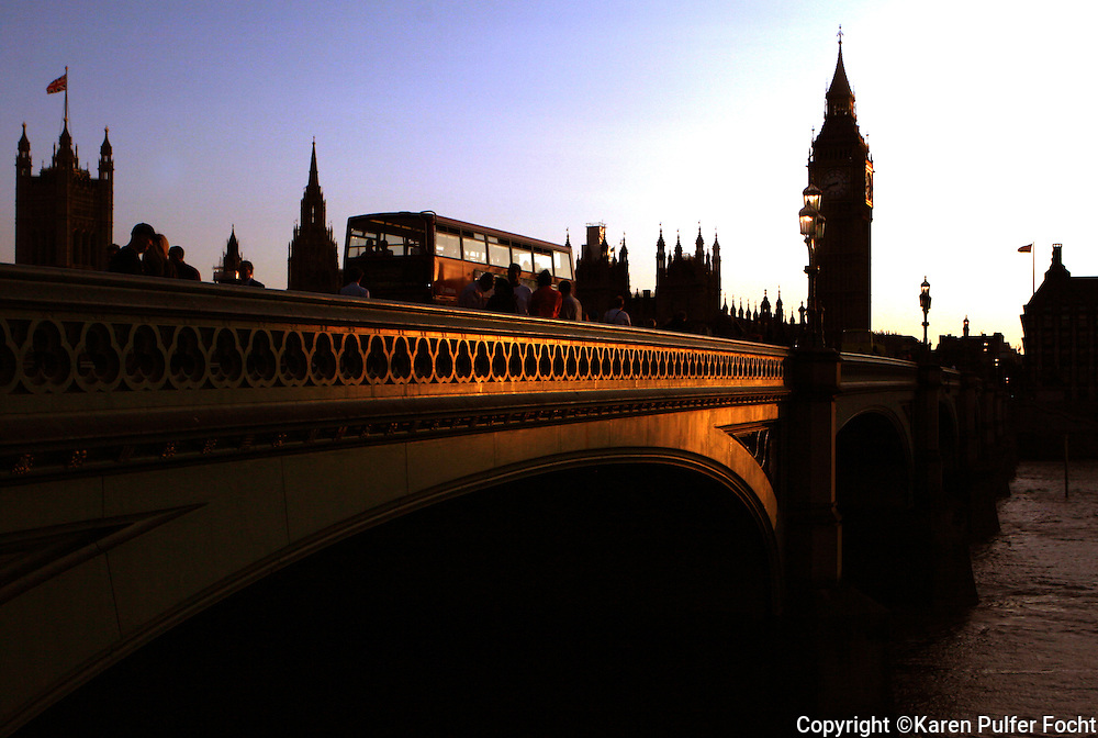 The sunsets behind the Westminster Bridge is a road and foot traffic bridge over the River Thames in London. Big Ben is the nickname for the great bell of the clock at the north end of the Palace of Westminster in London. London has experienced unusually sunny and dry weather this summer.