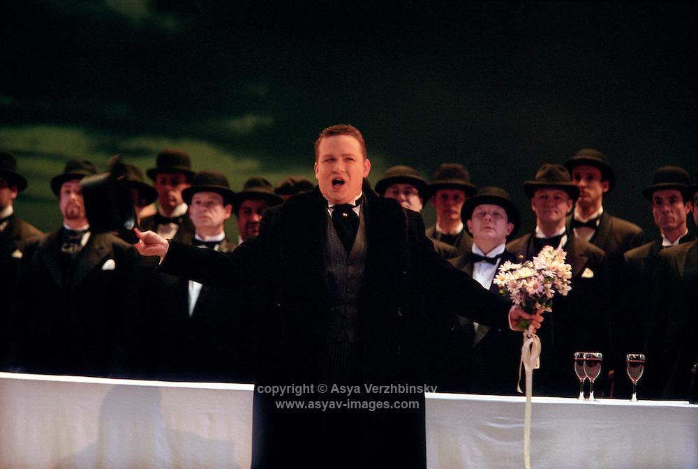 "Royal Opera in Donizetti's ""Lucia di Lammermoor""<br /> <br /> <br /> Lord Arturo Bucklaw: Peter Auty<br /> <br /> <br /> Director: Christof Loy<br /> Designs: Herbert Murauer<br /> Lighting: Rheinhard Traub"