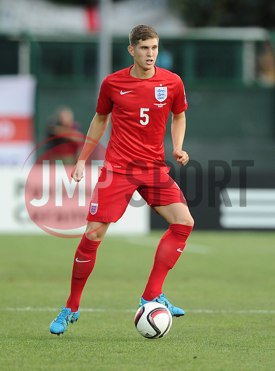 John Stones of England (Everton)  - Mandatory byline: Joe Meredith/JMP - 07966386802 - 05/09/2015 - FOOTBALL- INTERNATIONAL - San Marino Stadium - Serravalle - San Marino v England - UEFA EURO Qualifers Group Stage