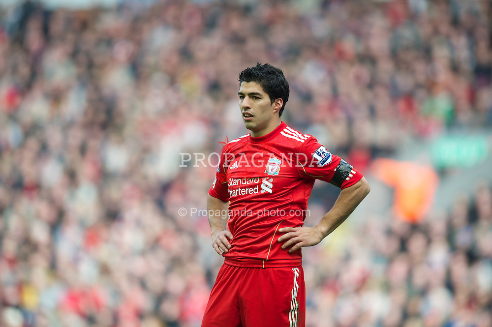 LIVERPOOL, ENGLAND - Saturday, April 7, 2012: Liverpool's Luis Alberto Suarez Diaz in action against Aston Villa during the Premiership match at Anfield. (Pic by David Rawcliffe/Propaganda)