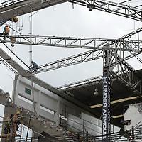 Toluca, México.- Aspectos de los trabajos de remodelación del Estadio Nemesio Diez, donde se estima que terminen para la celebración del centenario de los Diablos Rojos del Toluca en Febrero del 2017. Agencia MVT / Arturo Hernández.