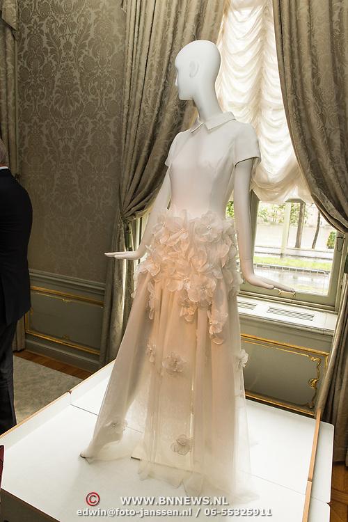NLD/Den Haag/20180923 - Prinses Margarita exposeert bij Masterly The Hague, Jurk van designer Viktor & Rolf