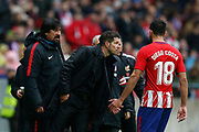 Atletico Madrid's Argentinian coach Diego Simeone salutes Atletico Madrid's Spanish forward Diego Costa during the Spanish Championship Liga football match between Atletico Madrid and Getafe on January 6, 2018 at the Wanda Metropolitano stadium in Madrid, Spain - Photo Benjamin Cremel / ProSportsImages / DPPI