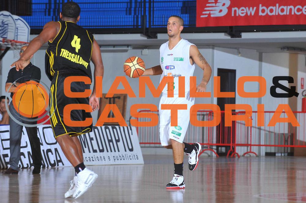 DESCRIZIONE : Caorle Lega A 2009-10 3&deg; Torneo Citt&agrave; di Caorle Benetton Treviso Aris Salonicco <br /> GIOCATORE : Daniel Hackett<br /> SQUADRA : Benetton Treviso<br /> EVENTO : Campionato Lega A 2009-2010 <br /> GARA : Benetton Treviso Aris Salonicco<br /> DATA : 11/09/2009<br /> CATEGORIA :  Palleggio<br /> SPORT : Pallacanestro <br /> AUTORE : Agenzia Ciamillo-Castoria/M.Gregolin