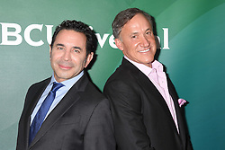 Dr. Paul Nassif; Dr. Terry Dubrow  bei der NBC Universal Summer Press Tour in Beverly Hills / 030816 <br /> <br /> ***NBC Universal Summer Press Tour at the Beverly Hilton on August 3rd, 2016***