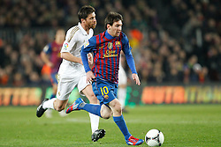 25.01.2012, Stadion Camp Nou, Barcelona, ESP, Copa del Rey, FC Barcelona vs Real Madrid, im Bild Barcelona's Lionel Messi and Real Madrid's Xabi Alonso // during the football match of spanish Copy del Rey, between FC Barcelona and Real Madrid at Camp Nou stadium, Barcelona, Spain on 2012/01/25. EXPA Pictures © 2012, PhotoCredit: EXPA/ Alterphotos/ Cesar Cebolla..***** ATTENTION - OUT OF ESP and SUI *****