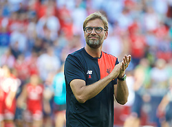 MAINZ, GERMANY - Sunday, August 7, 2016: Liverpool's manager Jürgen Klopp applauds the FSV Mainz 05 supporters after the pre-season friendly match at the Opel Arena. (Pic by David Rawcliffe/Propaganda)