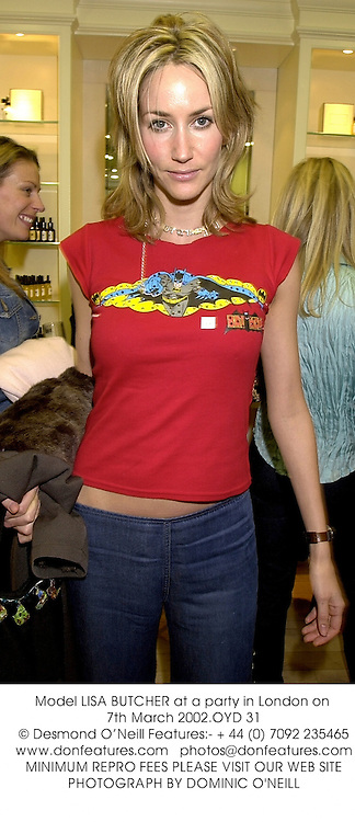 Model LISA BUTCHER at a party in London on 7th March 2002.	OYD 31