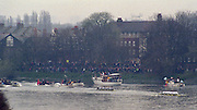 London. United Kingdom. 1998 Boat Race, Putney to Mortlake, Championship Course.  River Thames. 28.03.1998..Description: General views from Chiswick Bridge, as the Boat Race enters the closing stages of the race. ..Chiswick Bridge...Annual Varsity Boat Race - between Oxford University BC and Cambridge University BC. [Mandatory Credit; Peter Spurrier/Intersport-images]  ..Scanned in 2012 so has 2012  file No:.Rowing Varsity 2012 011112.jpg..Oxford.Bow - Charles.P.A.Humphreys,  J.B.Roycroft, J.Hecht, H.K.Nilsson, Edward.R.Coode, Andrew.J.R.Lindsay,  P.A.Berger, stroke - Nicholas J.Robinson, cox - Alex Greaney. .Cambridge.Bow - Graham.Smith,  P.A.Cunningham, J.G.Bull, Brad.Crombie, T.J.Wallace,  Alex Story,  Stefan F.Forster,  stroke - Marc.Weber, cox - Alistair J.Potts... 19980328 University, Varsity,  Boat Race. London. UK