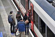 Nederland, Nijmegen, 3-1-2012Een trein van vervoerder Veolia transport op station Heyendaal. Het bedrijf verzorgt de treinverbinding tussen Nijmegen en Roermond.Foto: Flip Franssen/Hollandse Hoogte