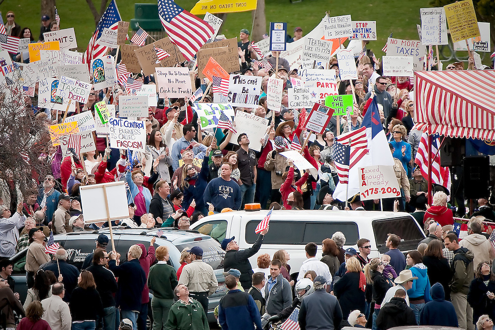 """JEROME A. POLLOS/Press..Tax day """"tea party"""" rallies were held across the country to protest government spending and taxation."""