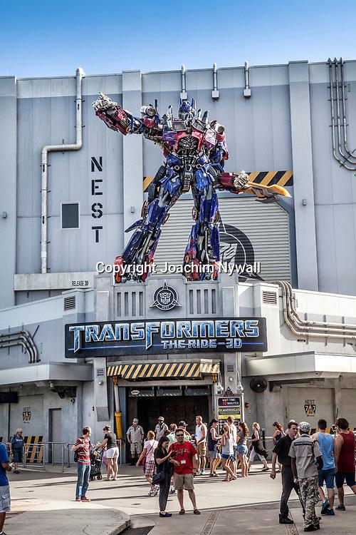 20151117 Orlando Florida USA <br /> Universal studios<br /> The Transformers<br /> <br /> <br /> FOTO : JOACHIM NYWALL KOD 0708840825_1<br /> COPYRIGHT JOACHIM NYWALL<br /> <br /> ***BETALBILD***<br /> Redovisas till <br /> NYWALL MEDIA AB<br /> Strandgatan 30<br /> 461 31 Trollh&auml;ttan<br /> Prislista enl BLF , om inget annat avtalas.