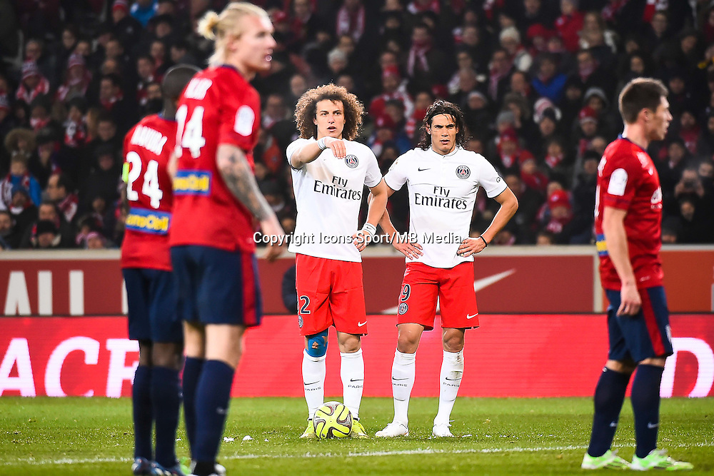 David LUIZ / Edinson CAVANI - 03.12.2014 - Lille / Paris Saint Germain - 16eme journee de Ligue 1 -<br />Photo : Fred Porcu / Icon Sport