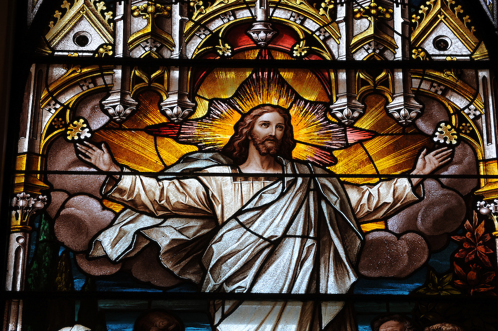 Stained glass image of risen Christ from St. Katharine Drexel Church in Kaukauna. (Sam Lucero photo)
