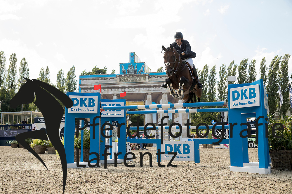 Smolders, Harrie (NED), Capital Colnardo<br /> Berlin - Global Jumping Berlin 2017<br /> © www.sportfotos-lafrentz.de/Stefan Lafrentz