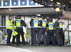 © Licensed to London News Pictures. 05/03/2019. London, UK. Police officers man a cordon at Waterloo Station as police deal with a suspicious package. The Metropolitan Police counter terrorism command has said that small improvised explosive devices have been found at the station, at Heathrow and London City airport. Photo credit: Peter Macdiarmid/LNP