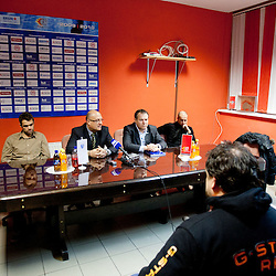 20120124: SLO, Ice Hockey - Press conference of HK Acroni Jesenice
