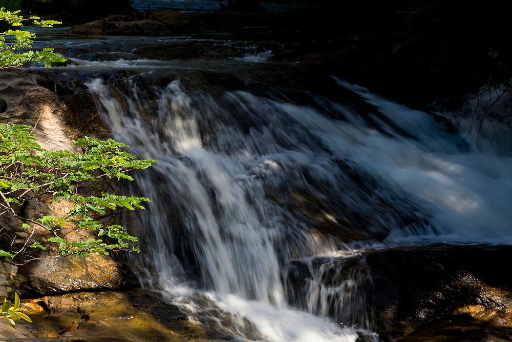 Muniz Freire_ES, Brasil...Cachoeira ao lado de trecho da Rota imperial...A waterfall next to the Ancient Rota Imperial...Foto: LEO DRUMOND / NITRO