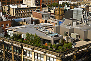 New York  terrace on  rooftop in The meat packing district, former butcher area, today one f the trendy area in the city  New york - United states / terrasse sur le toit, le meat packet district quartier brancher de Chelsea , ancien quartier des bouchers  - Etats unis