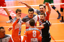 20160402 BEL: Volleybal: Volley Lindemans Asse Lennik - Noliko Maaseik, Zellik  <br />Robbert Andringa, Robin Overbeeke, Dirk Sparidans