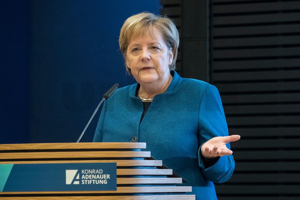 """21 NOV 2018, BERLIN/GERMANY:<br /> Angela Merkel, CDU, Bundeskanzlerin, haelt eine Rede, """"Parlamentarismus im Spannungsverhaeltnis von Globalisierung und Nationaler Souveraenitaet"""", Veranstaltung der Konrad-Adenauer-Stiftung anl. des 70. Geburtstages von Norbert Lammert, Akademie der KAS<br /> IMAGE: 20181121-02-062"""