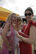 Jori White, Penny Smith and Maria Grachvogel, Veuve Clicquot Gold Cup 2006. Final day. 23 July 2006. ONE TIME USE ONLY - DO NOT ARCHIVE  © Copyright Photograph by Dafydd Jones 66 Stockwell Park Rd. London SW9 0DA Tel 020 7733 0108 www.dafjones.com