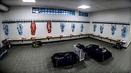 FODBOLD: Spillertøjet hænger klar i FC Helsingørs omklædningsrum før kampen i ALKA Superligaen mellem FC Midtjylland og FC Helsingør den 3. november 2017 på MCH Arena i Herning. Foto: Claus Birch