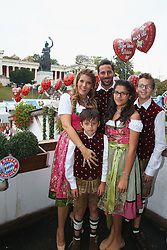 05.10.2014, Theresienwiese, München, GER, 1. FBL, FC Bayern Muenchen am Oktoberfest, im Bild Claudio Pizarro of FC Bayern Muenchen and his wife Karla Salcedo attend the Oktoberfest beer festival at Kaefer Wiesnschaenke tent at Theresienwiese on 2014/10/05. EXPA Pictures © 2014, PhotoCredit: EXPA/ Eibner-Pressefoto/ Pool<br /> <br /> *****ATTENTION - OUT of GER*****