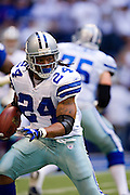 IRVING, TX - JANUARY 13:   Marion Barber #24 of the Dallas Cowboys runs with the ball against the New York Giants during the NFC Divisional playoff at Texas Stadium on January 13, 2008 in Dallas, Texas.  The Giants defeated the Cowboys 21-17.  (Photo by Wesley Hitt/Getty Images) *** Local Caption *** Marion Barber