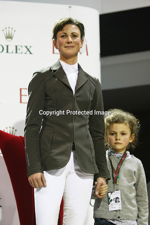 Equitation : Gucci Masters - 03.12.2010 - Rolex Speed Challenge CSI5 - Penelope Leprevost (FRA) et sa fille *** Local Caption *** 00042820