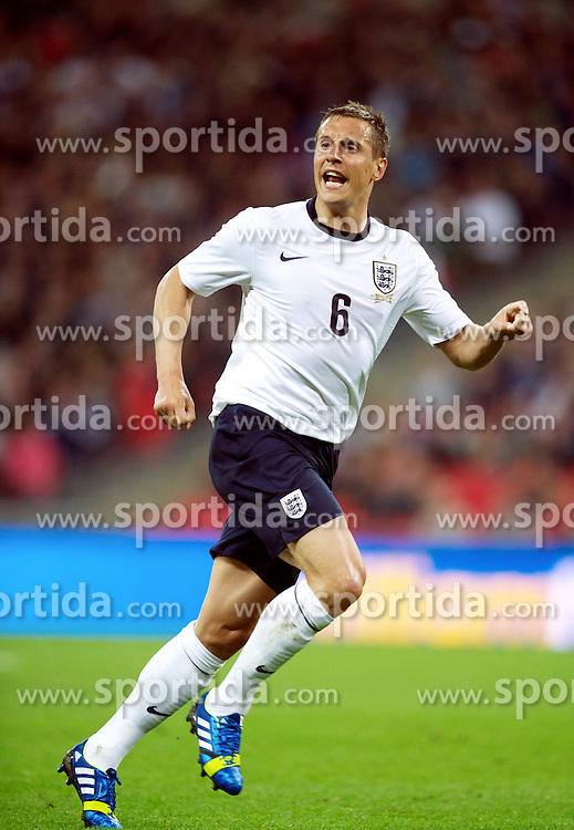 29.05.2013, Wembley Stadion, London, ENG, Testspiel, England vs Irland, im Bild England's Phil Jagielka in action against Republic of Ireland during during International Friendly Match between England and Republic of Ireland at the Wembley Stadium, London, United Kingdom on 2013/05/29. EXPA Pictures &copy; 2013, PhotoCredit: EXPA/ Propagandaphoto/ David Rawcliffe<br /> <br /> ***** ATTENTION - OUT OF ENG, GBR, UK *****