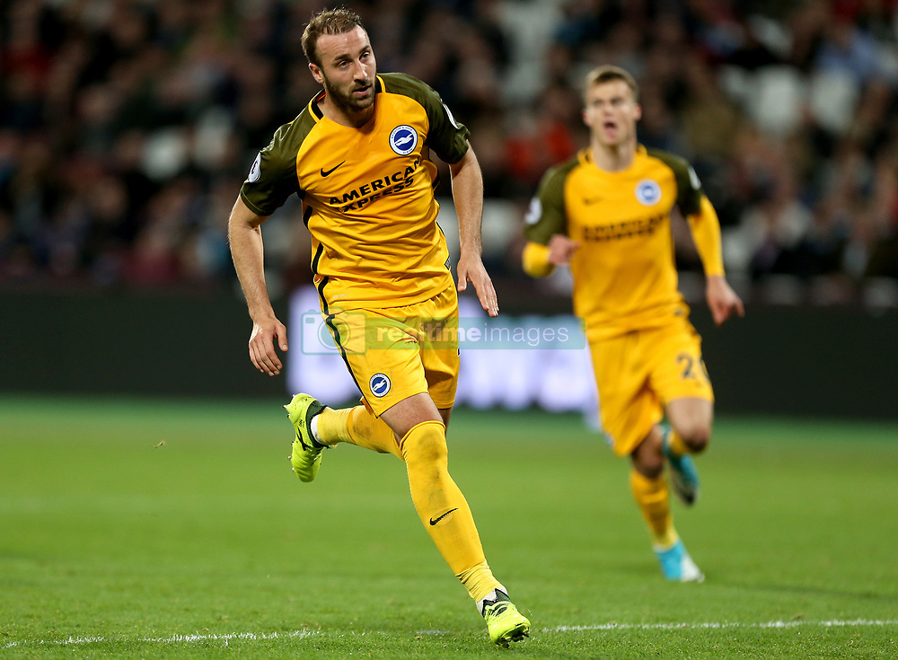 Brighton & Hove Albion's Glenn Murray celebrates scoring his side's third goal of the game from the penalty spot