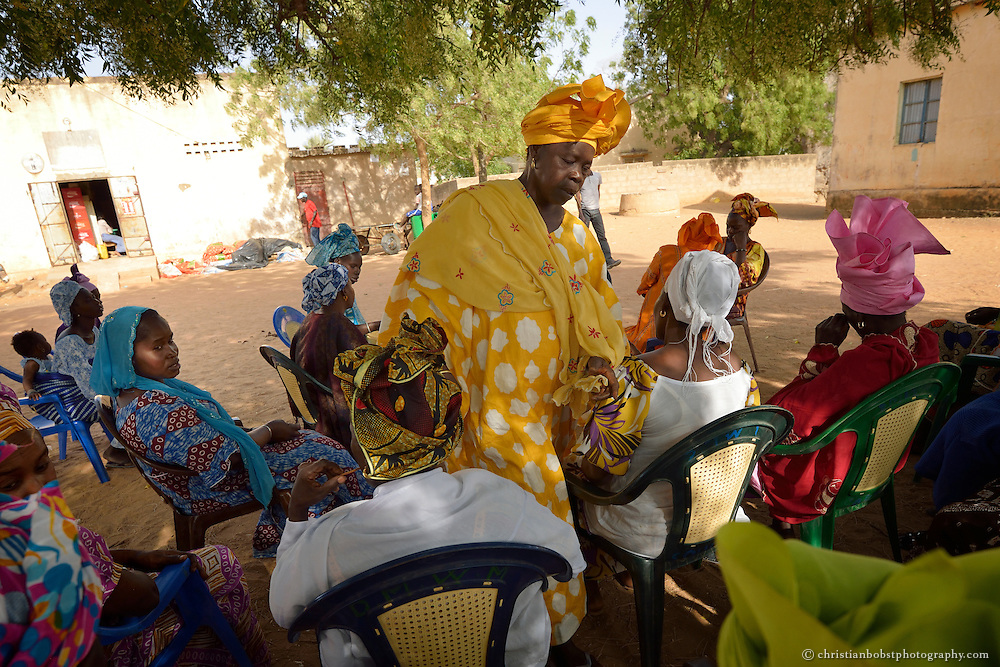 Senegal, Support of small farmers in the village of Soune by the Swiss NGO HEKS.