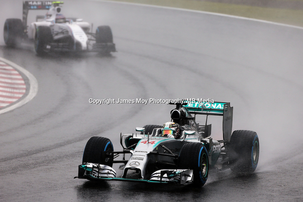 Lewis Hamilton (GBR) Mercedes AMG F1 W05.<br /> Japanese Grand Prix, Sunday 5th October 2014. Suzuka, Japan.