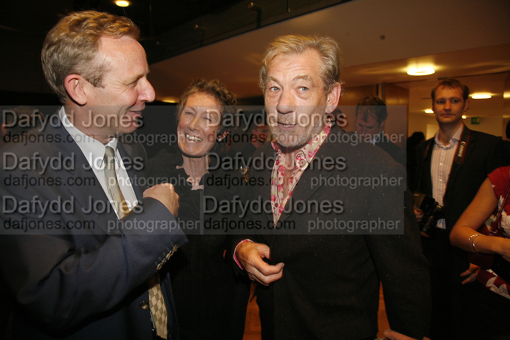 Alistair Spalding, Angela Bernstein and Sir Ian McKellen. Sadler's Wells Celebrates. Benefit evening for Sadler's Wells hosted by Angela Bernstein and Alistair Spalding. The Royal Horticultural Halls. London. 25 September 2006. -DO NOT ARCHIVE-© Copyright Photograph by Dafydd Jones 66 Stockwell Park Rd. London SW9 0DA Tel 020 7733 0108 www.dafjones.com