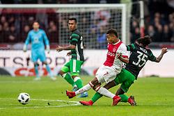21-01-2018 NED: AFC Ajax - Feyenoord, Amsterdam<br /> Ajax was met 2-0 te sterk voor Feyenoord / David Neres #7 of AFC Ajax, Tyrell Malacia #35 of Feyenoord