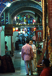 TURKEY ISTANBUL JUL02 - Scene in the Kapali Carsi, the largest covered bazaar in the world. It features over 4000 shops, numerous storehouses, moneychangers and banks, a police station, a mosque, private security guards and its own health centre...jre/Photo by Jiri Rezac..© Jiri Rezac 2002..Contact: +44 (0) 7050 110 417.Mobile:   +44 (0) 7801 337 683.Office:    +44 (0) 20 8968 9635..Email:     jiri@jirirezac.com.Web:     www.jirirezac.com