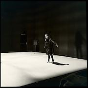 NUITHONIE, salle de spectacle, Villars-sur-Glâne / Fribourg © Romano P. Riedo | fotopunkt.ch Création de la Compagnie de danse Fabienne Berger, avril 2015, Les arbres pleurent-ils aussi? NUITHONIE, salle de spectacle, Villars-sur-Glâne / Fribourg © Romano P. Riedo | fotopunkt.ch