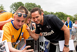 Derby County manager Frank Lampard take a selfie with a Mansfield Town fan - Mandatory by-line: Ryan Crockett/JMP - 18/07/2018 - FOOTBALL - One Call Stadium - Mansfield, England - Mansfield Town v Derby County - Pre-season friendly