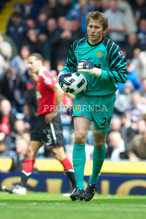 BLACKBURN, ENGLAND - Saturday, May 14, 2011: Manchester United's goalkeeper Tomasz Kuszczak in action against Blackburn Rovers during the Premiership match at Ewood Park. (Photo by David Rawcliffe/Propaganda)